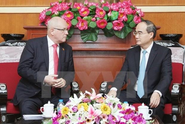 Le president du groupe parlementaire allemand CDU-CSU en visite au Vietnam hinh anh 1