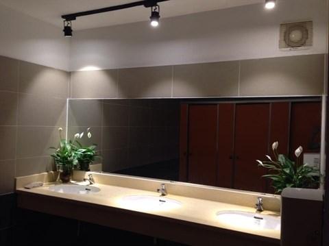 Mise en service du premier WC public moderne a Hanoi hinh anh 2