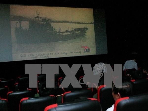 Projections de films gratuites a Hanoi pour celebrer le 70 ans de la Revolution d'Aout hinh anh 1