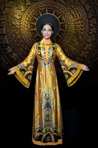 Des collections d'ao dai presentees a l'etranger hinh anh 3