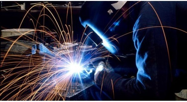 Le PMI du Vietnam en baisse en aout hinh anh 1