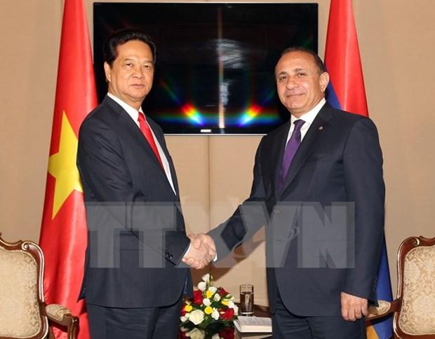 Echange d'amitie a l'occasion des fetes nationales vietnamienne et armenienne hinh anh 1