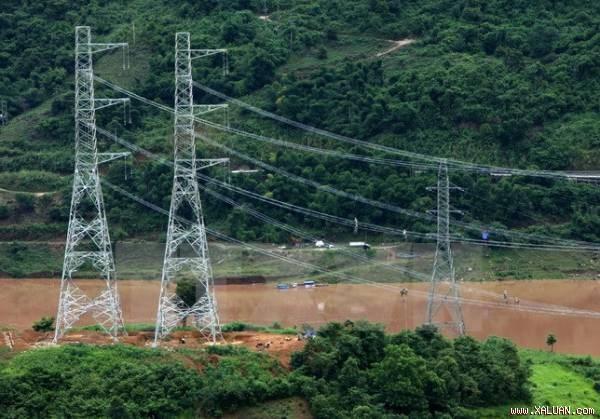 Son La investit 1.260 milliards de dongs pour l'electrification des zones rurales hinh anh 1