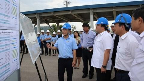 Mise en chantier du port international de l'acierie de Nghi Son hinh anh 1
