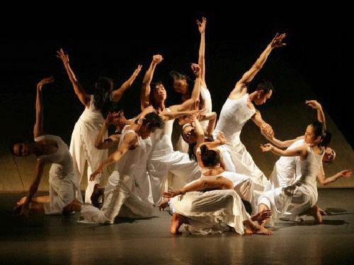Danse contemporaine : rencontre entre l'Asie et l'Europe hinh anh 1
