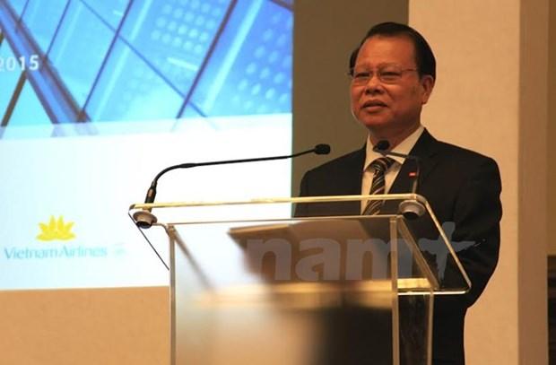 Education : le vice-PM Vu Van Ninh a un forum Vietnam - Royaume-Uni hinh anh 1