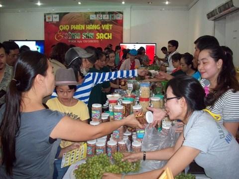 Ho Chi Minh-Ville : foire des produits vietnamiens bio hinh anh 2