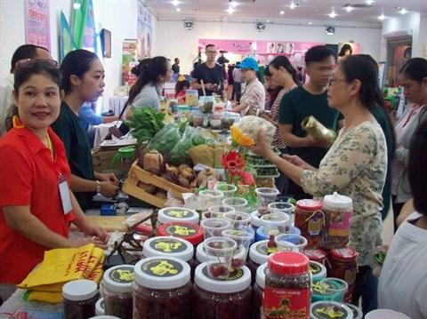Ho Chi Minh-Ville : foire des produits vietnamiens bio hinh anh 1