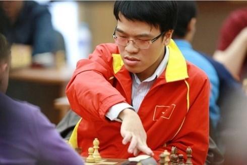 Coupe du Monde d'echecs: deux Vietnamiens se sont qualifies pour le 2e tour hinh anh 1