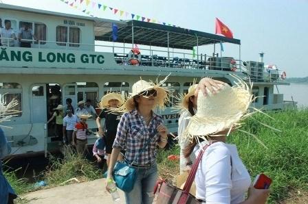 Une croisiere sur le fleuve Rouge pour mettre en valeur Hung Yen hinh anh 1