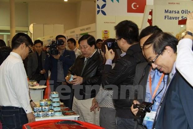Le Vietnam au Salon mondial de l'alimentation 2015 a Moscou hinh anh 1