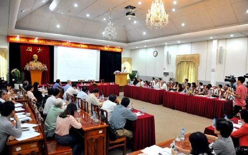 Dialogue politique du Front de la Patrie sur la population hinh anh 1