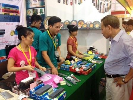 Premier Festival des achats des produits thailandais a Da Nang hinh anh 1
