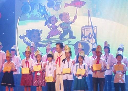 La Fete de la Mi-automne pour les enfants demunis hinh anh 1