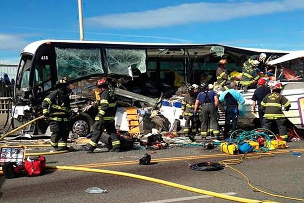 Quatre etudiants vietnamiens blesses dans la collision de deux bus a Seattle hinh anh 1