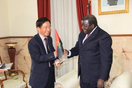 L'Angola souhaite renforcer la cooperation avec le Vietnam hinh anh 1