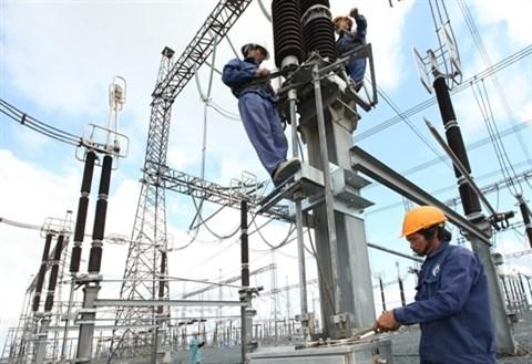 Signature de conventions de financement entre l'AFD et EDF a Hanoi hinh anh 2