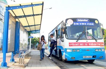 De nouvelles lignes de bus a l'aeroport de Tan Son Nhat hinh anh 1