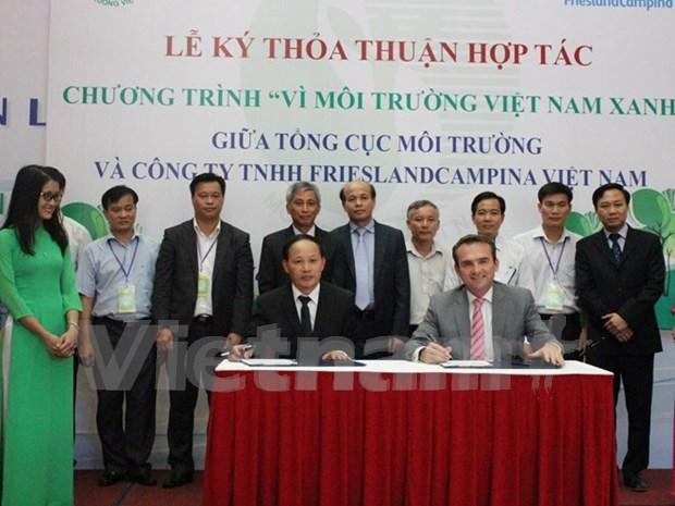 Signature d'un accord de cooperation