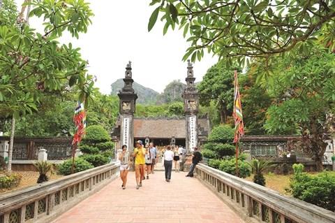 Temples dedies a deux rois de la dynastie des Dinh et des Le hinh anh 1