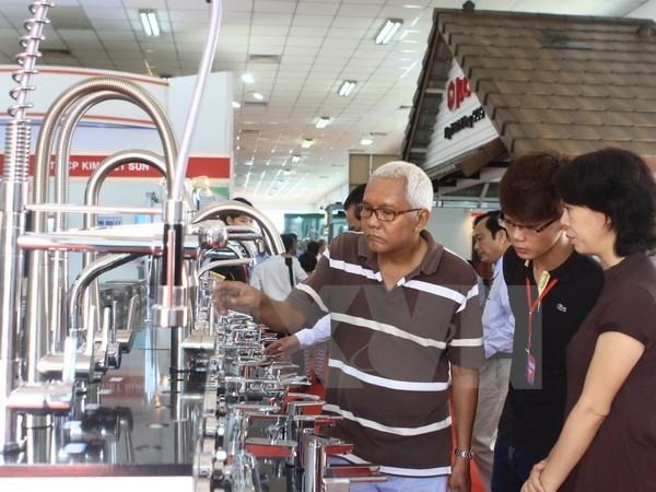 Plus de 2.400 contrats signes lors de l'exposition internationale Vietbuild 2015 hinh anh 1