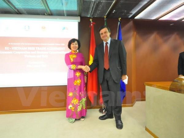 Vietnam et Italie discutent de leur cooperation economique hinh anh 1