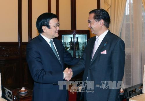 Le chef de l'Etat recoit le gouverneur de la prefecture japonaise de Kanagawa hinh anh 1
