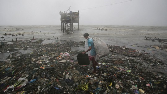 Le typhon Koppu fait 22 morts aux Philippines hinh anh 1