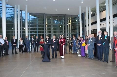Celebration du 20e anniversaire du Programme de mastere Vietnam - Belgique hinh anh 1