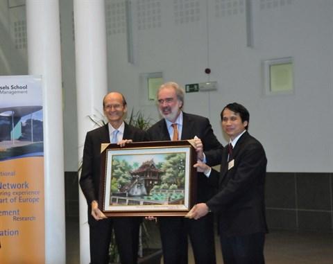 Celebration du 20e anniversaire du Programme de mastere Vietnam - Belgique hinh anh 2