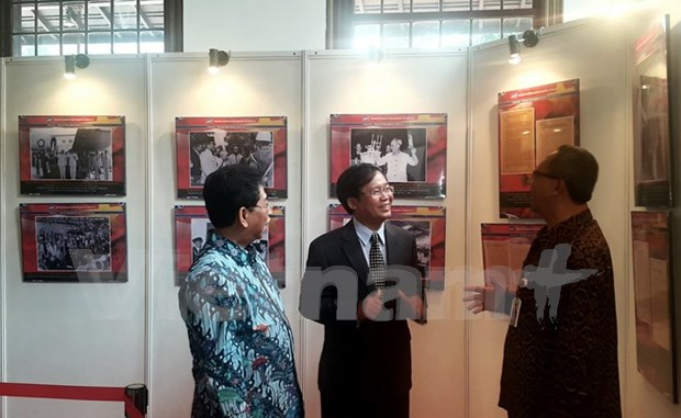 Expo sur les relations diplomatiques Vietnam – Indonesie a Jakarta hinh anh 1