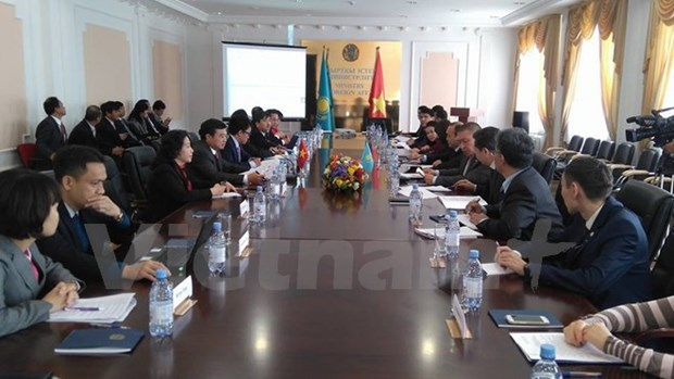 La 7e reunion du Comite intergouvernemental Kazakhstan - Vietnam hinh anh 1