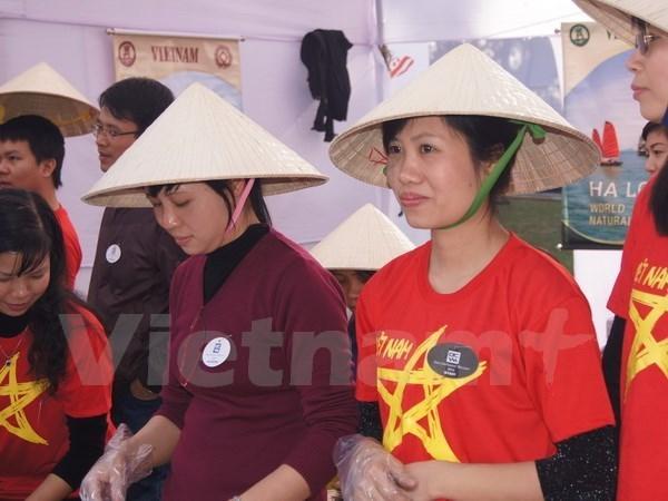 Le bazar de l'ASEAN resserre les liens regionaux hinh anh 1