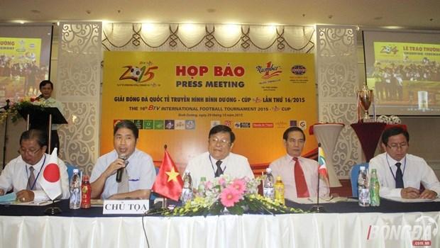 Huit equipes au tournoi de football BTV Cup 2015 hinh anh 1