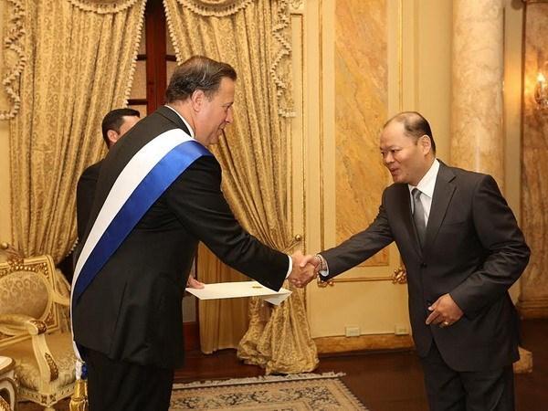 Le Panama attache de l'importance au developpement de ses relations avec le Vietnam hinh anh 1