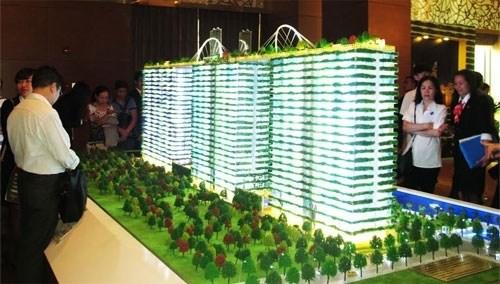 HCM-Ville attire 300 millions de dollars d'investissement dans les projets immobiliers hinh anh 1