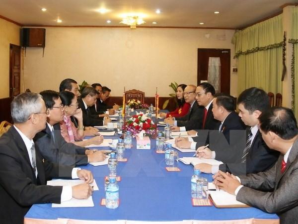 Le Laos salue les resultats de sa cooperation avec le Vietnam dans leurs zones frontalieres hinh anh 1
