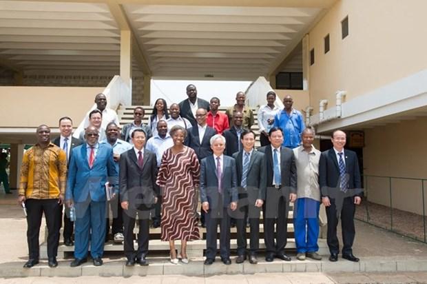 Promotion de la cooperation entre le PCV et le Frelimo (Mozambique) hinh anh 1