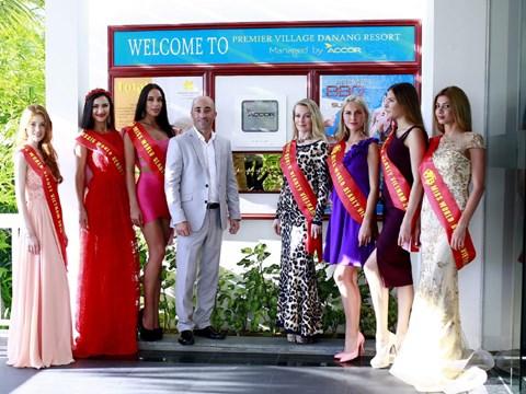 Des belles de huit pays de la CEI arrivent a Da Nang hinh anh 2
