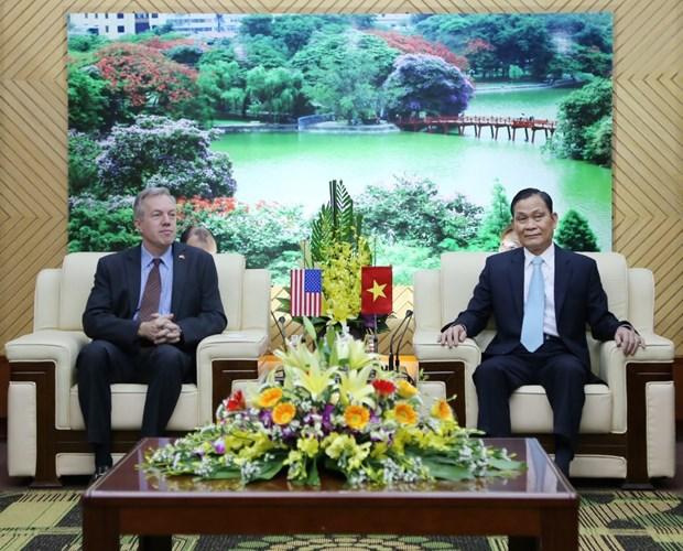 Le ministre de l'Interieur recoit l'ambassadeur des Etats-Unis hinh anh 1
