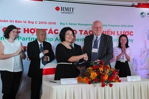 Cooperation efficace entre Big C, le RMIT et l'AIT-VN hinh anh 1