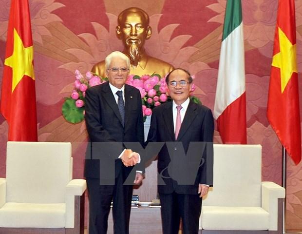 Les dirigeants vietnamiens recoivent le president italien hinh anh 3