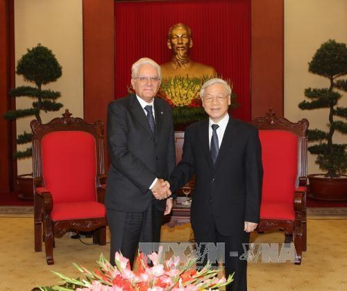 Les dirigeants vietnamiens recoivent le president italien hinh anh 1