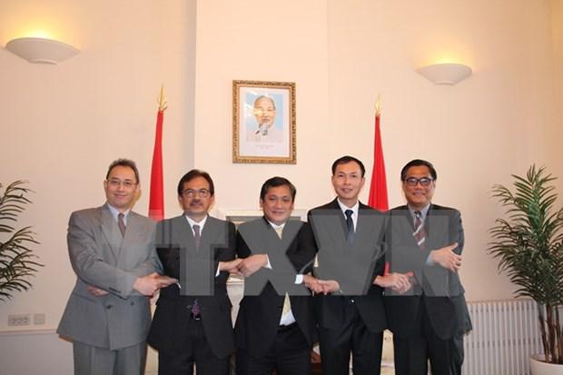 Le Vietnam elu le premier president tournant du Comite de l'ASEAN a La Haye hinh anh 1