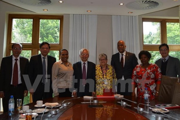 Le Vietnam et l'Afrique du Sud renforcent la cooperation dans la recherche scientifique hinh anh 1