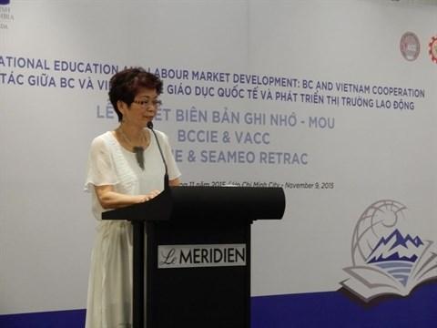 Cooperation educative et developpement du marche du travail Vietnam-Colombie britannique hinh anh 1