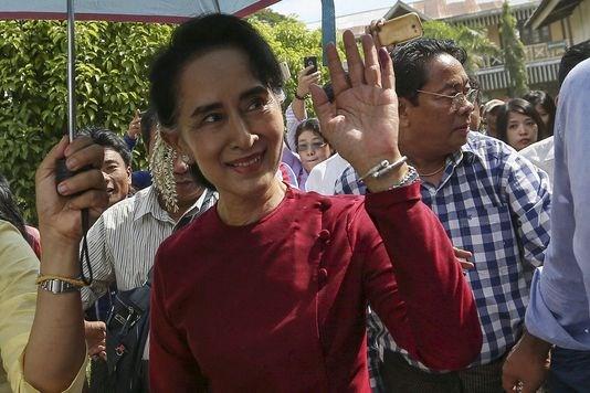 Myanmar : Aung San Suu Kyi elue deputee de la chambre basse hinh anh 1