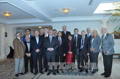 Le groupe des deputes d'amitie avec le Vietnam du Parlement europeen voit le jour hinh anh 1