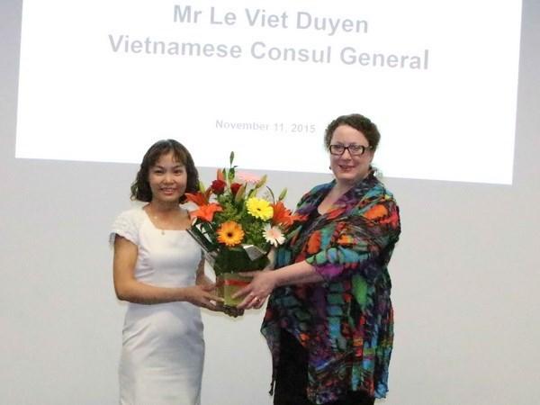 Colloque sur le systeme d'education vietnamien en Australie hinh anh 1