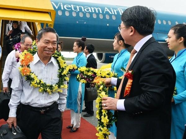 Inauguration de la nouvelle ligne domestique Nha Trang - Hai Phong hinh anh 1
